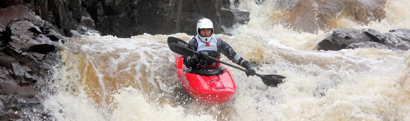 whitewater kayak racing